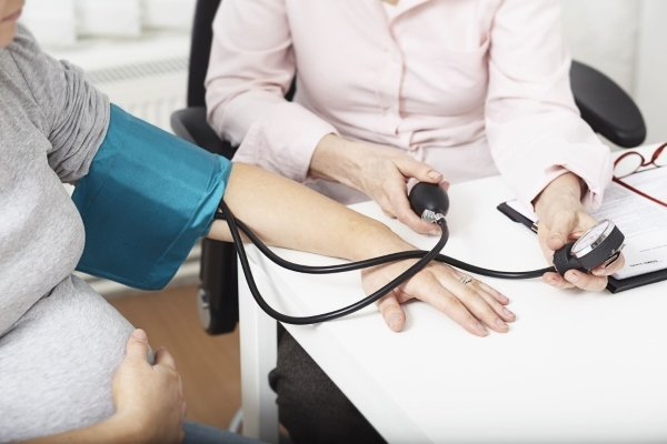 Как проявляется гипертония при беременности?