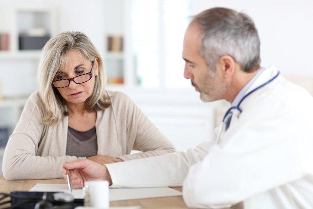 О чем говорит анализ крови на холестерин и пограничные нормы у женщин?