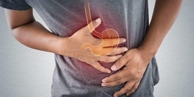 Причины болей в сердце при вдохе
