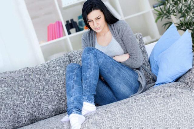 Как быстро обезболить геморрой в домашних условиях?