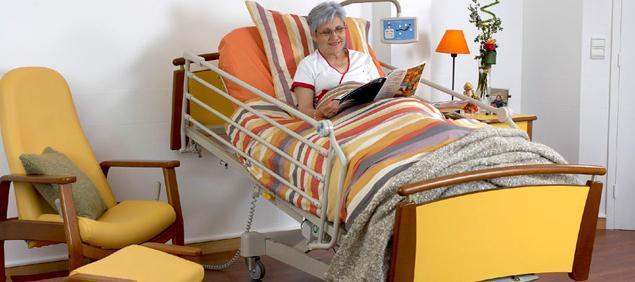 Уход за больными после инсульта в домашних условиях, реабилитация лежачих больных и пожилых после инсульта