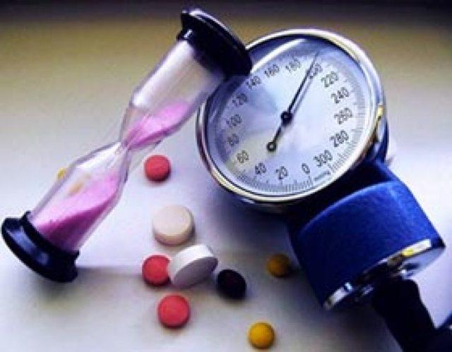Причины микроинсульта, основные симптомы, первая помощь