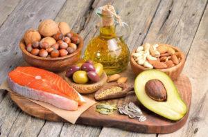 Ниже или выше: как регулировать уровень холестерина в крови?