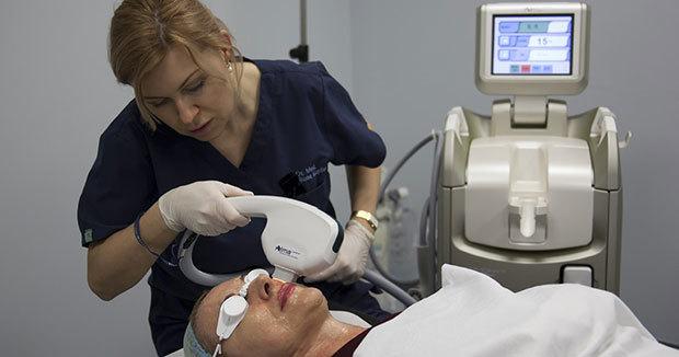 Устранение косметических дефектов при помощи склеротерапии