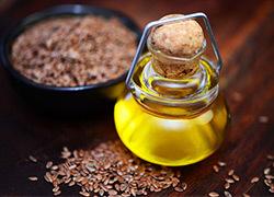 Лечение геморроя при помощи льняного масла