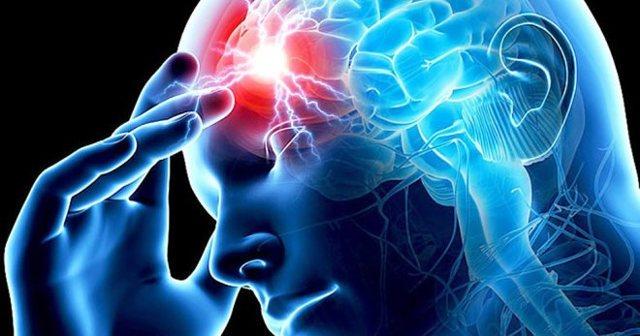 Что может вызвать инфаркт головного мозга?